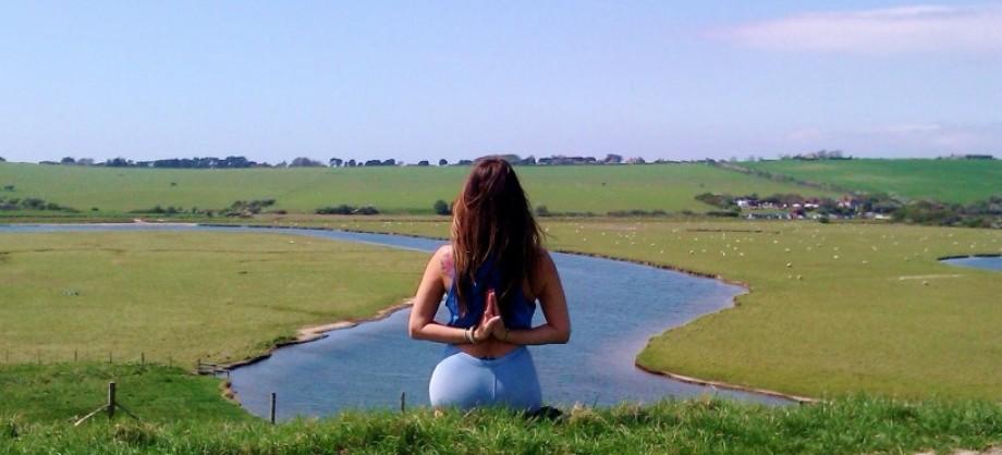 cropped-cropped-reverse-namaste-patty-dobson-yoga-hatha-vinyasa-beginnersyoga